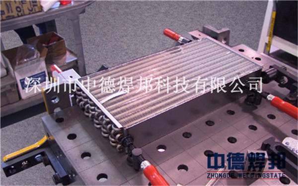 中德焊邦柔性汽车焊接工装是根据客户提供的图纸来工