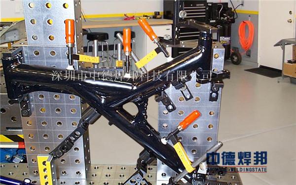 摩托车架机器人焊接工装夹具的设计